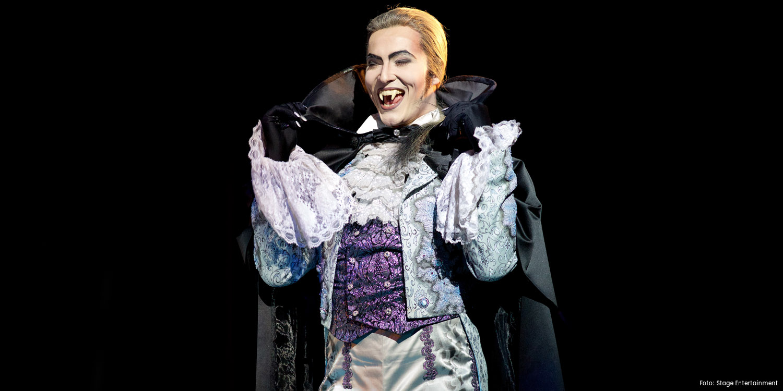Milan van Waardenburg als Herbert in TANZ DER VAMPIRE © Eventpress/Stage