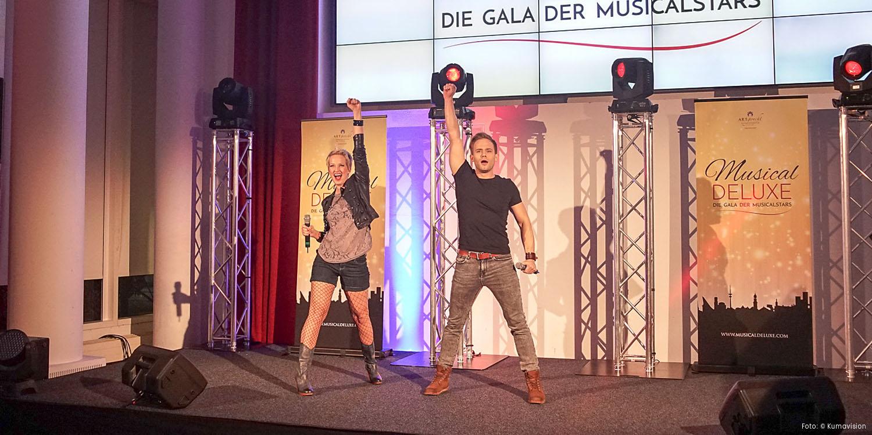 Rune Høck Møller & Melanie Ortner-Stassen beim 20-jährigen Jubiläum von KUMAVISION - Dormero Hotel Stuttgart