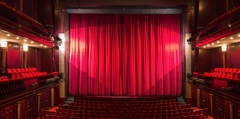 Theatersaal © Shutterstock / momente